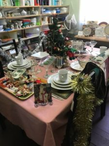 op Shop - Christmas Table Display - 480x640